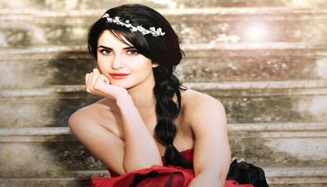 Katrina Kaif - Most Beautiful Actress in Bollywood [#4]